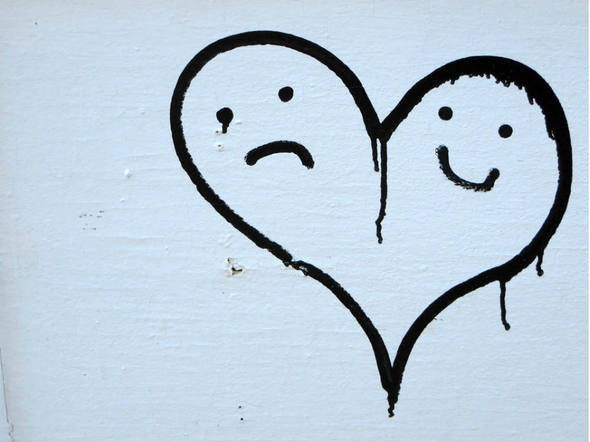 size_590_feliz-e-triste